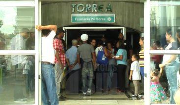 Evacuan 15 pacientes de clínica en Santiago por incendio