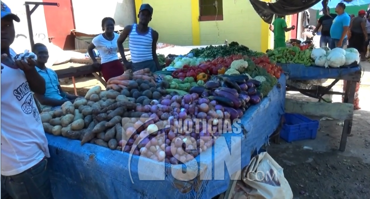 Denuncian insalubridad en mercado de Dajabón