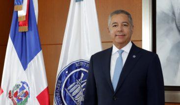 """Ministro Hacienda: análisis de representante BM es """"extraño"""""""