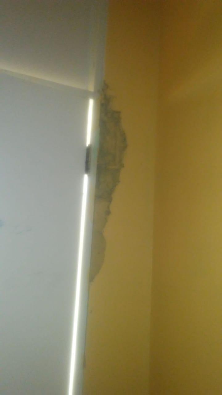 Liceo resulta con agrietamiento por temblor de tierra en Montecristi