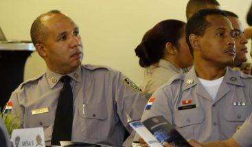PN capacita a sus miembros en programa de gestión pública
