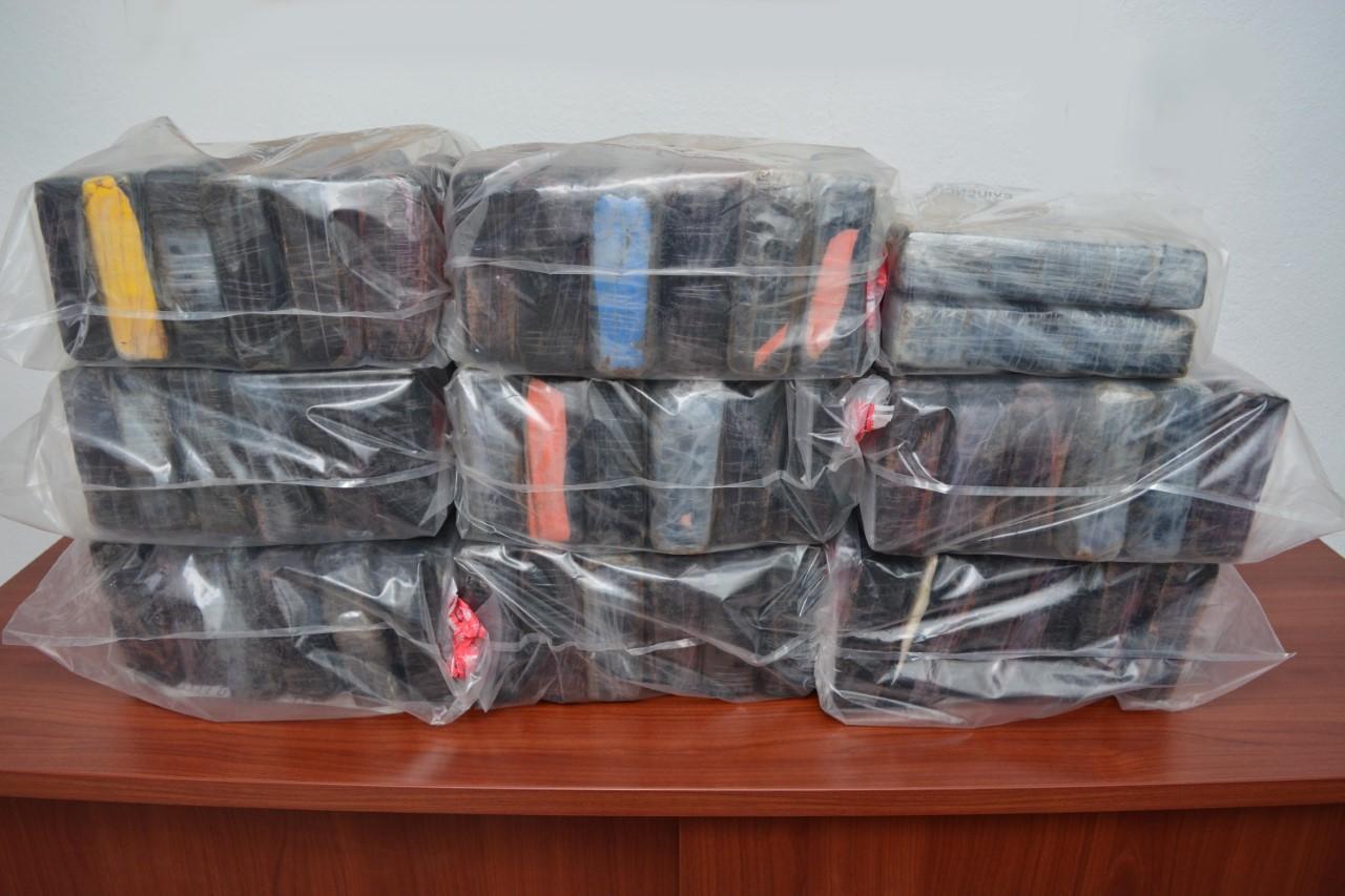 Ocupan 51 kilos de cocaína a hombre había sido apresado con US$500,000