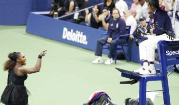 Serena Williams multada con US$17.000 por violaciones código de conducta