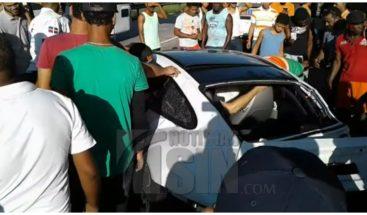 Sobrino de Frank Rainieri sufre accidente de tránsito