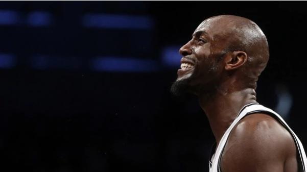 Exestrella NBA demanda a la misma firma contable que estafó a Tim Duncan