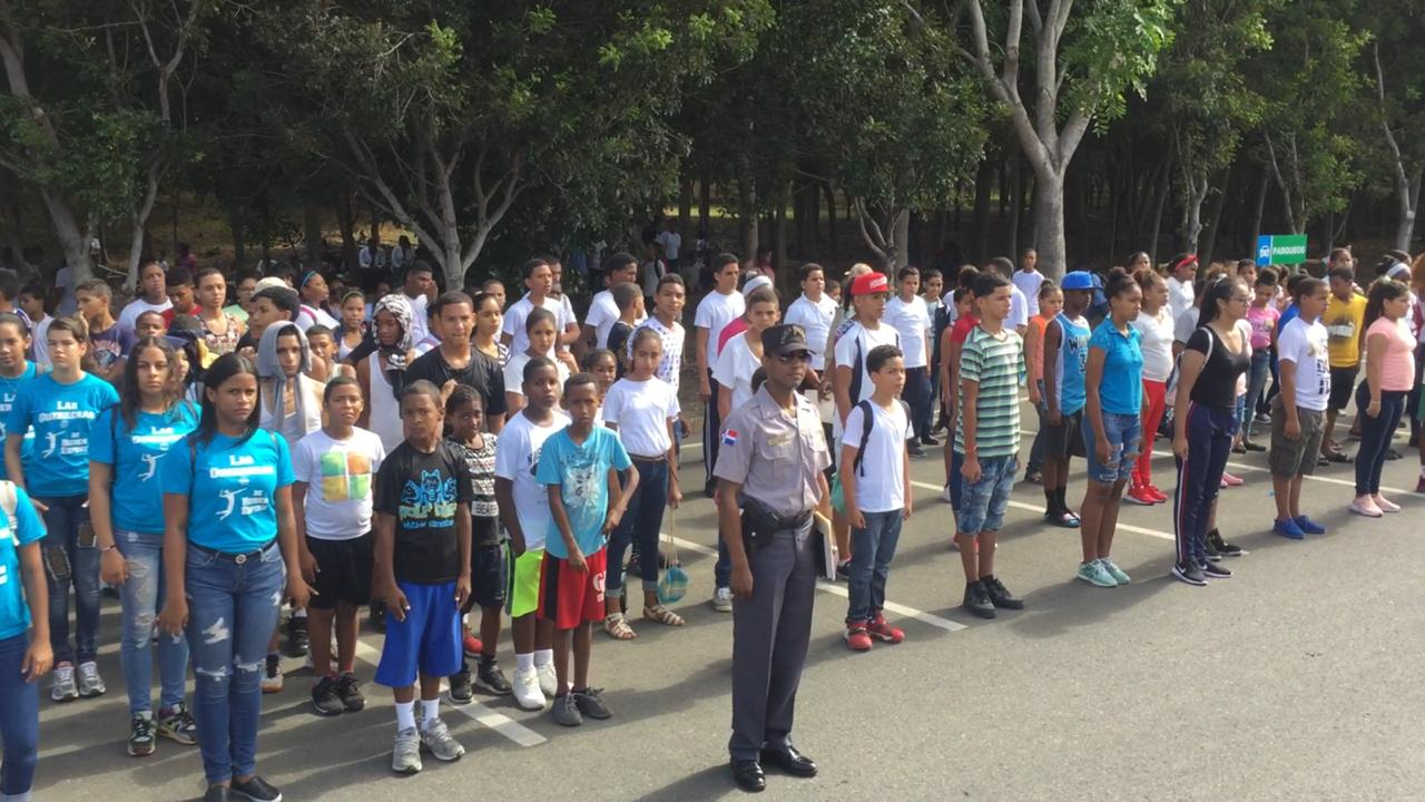 PN lanza en Santiago programa de Policía Juvenil Comunitaria