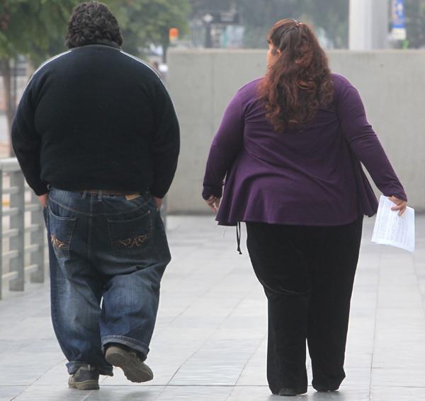 Excesos de comida en fiestas patrias pueden engordar hasta 5 kilos