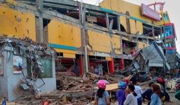 Al menos 385 muertos y 540 heridos por seísmos y el tsunami en Indonesia