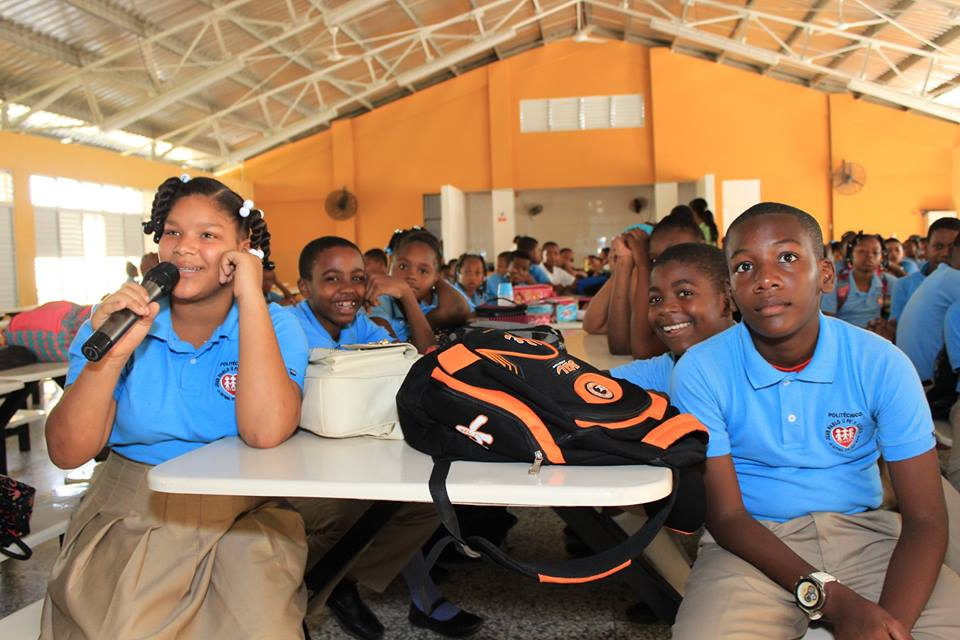 Hospital imparte charla sobre prevención de bullying escolar