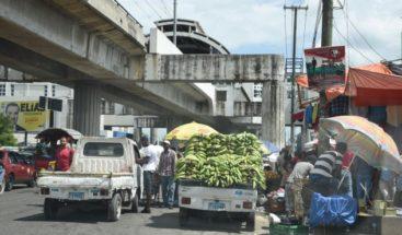 Hacen levantamiento de vendedores ambulantes que provocan taponamientos