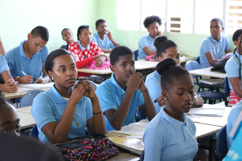 MINERD llama a estudiantes acudir este lunes a sus centros educativos tras pausa de la Semana Santa