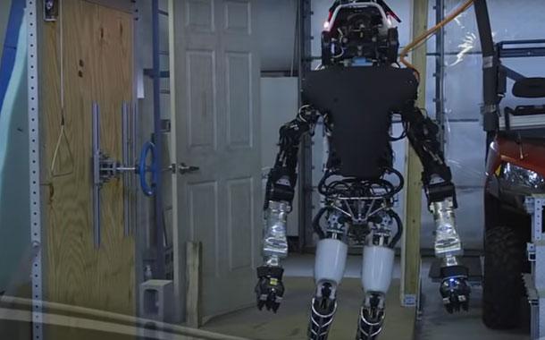 Andrés Oppenheimer: La robotización puede traer un mundo más humano
