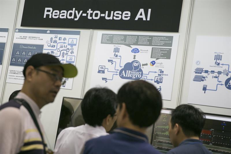 Empresas que no adopten inteligencia artificial no lograrán sobrevivir