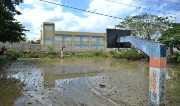 MOPC interviene escuela tras reportaje de Noticias SIN