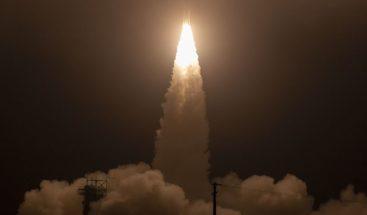 NASA lanza nuevo satélite para medir deshielo de los polos de la Tierra