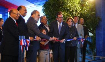 Entregan tres centros educativos en la provincia Hermanas Mirabal