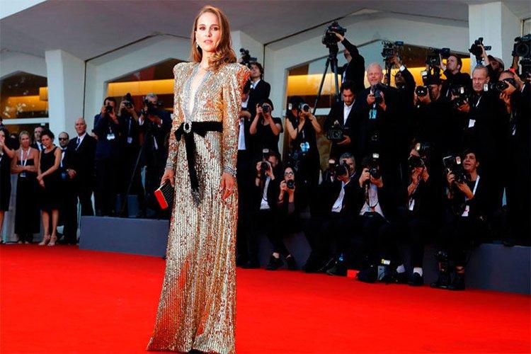 Natalie Portman triunfa en la alfombra roja de Venecia