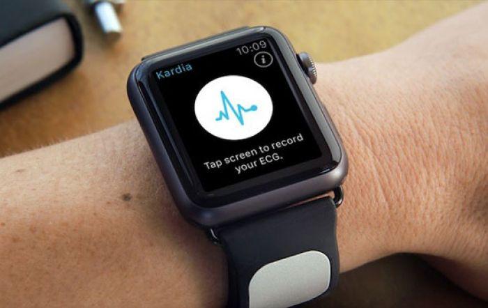 El nuevo reloj de Apple puede realizar electrocardiograma en 30 segundos