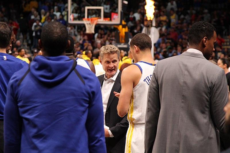 Steve Kerr insiste Warriors no se parecen en nada a los Bulls de Jordan