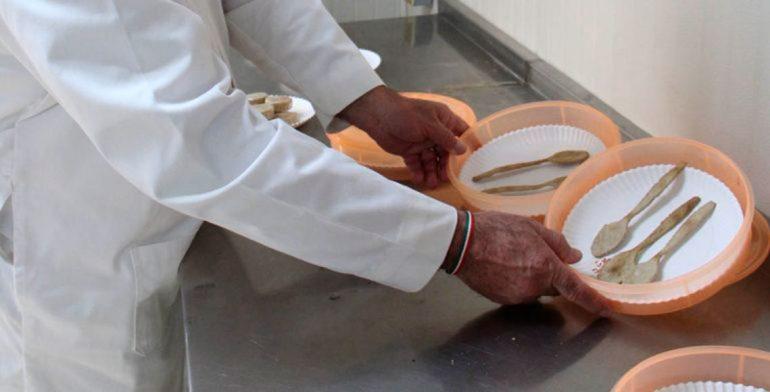 Científicos mexicanos crean cubiertos comestibles altamente nutritivos