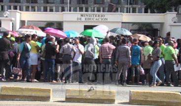 ADP califica de chantaje declaraciones de Navarro sobre paro de maestros