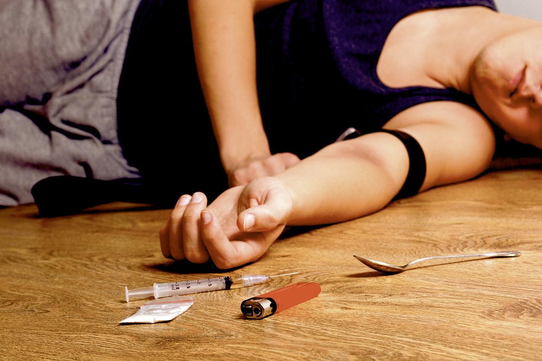 Muertes por sobredosis en EEUU subieron desde antes de opioides