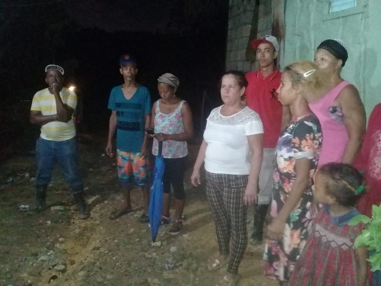 Casas permanecen inundadas por desborde de cañada en Los Guaricanos