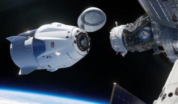SpaceX llevará al espacio primer turista que volará alrededor de la Luna