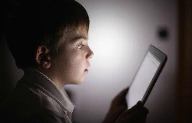Revelan un inesperado peligro de los 'smartphones' para los niños