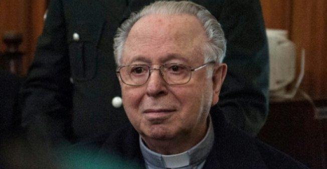 Papa expulsa del sacerdocio a religioso chileno por abuso sexual
