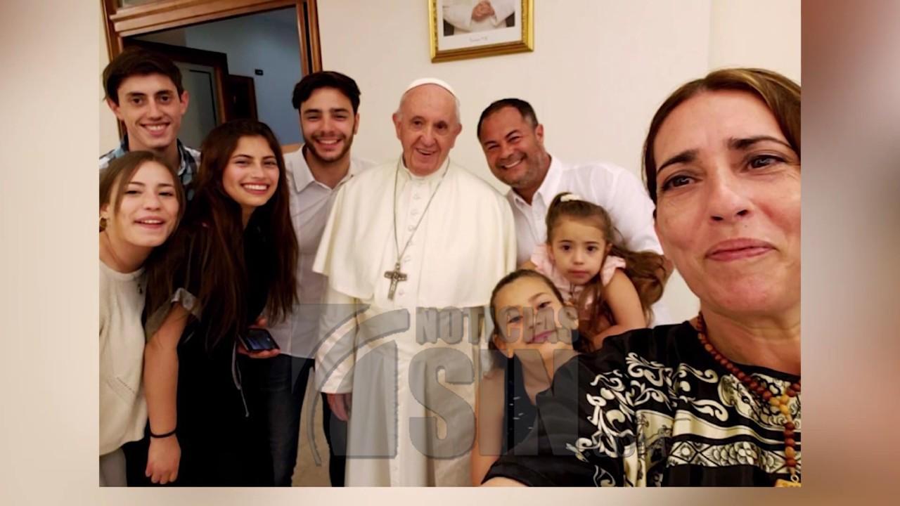 Papa Francisco casa en el Vaticano a una pareja esposos uruguayos
