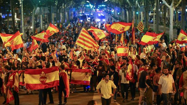 Dos heridos tras la marcha por la unidad de España en Barcelona