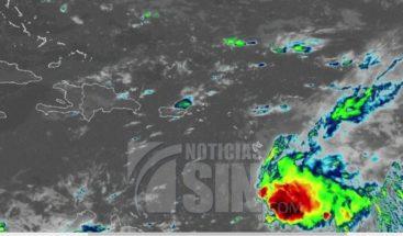 Autoridades vigilan la tormenta Kirk que dejará lluvias