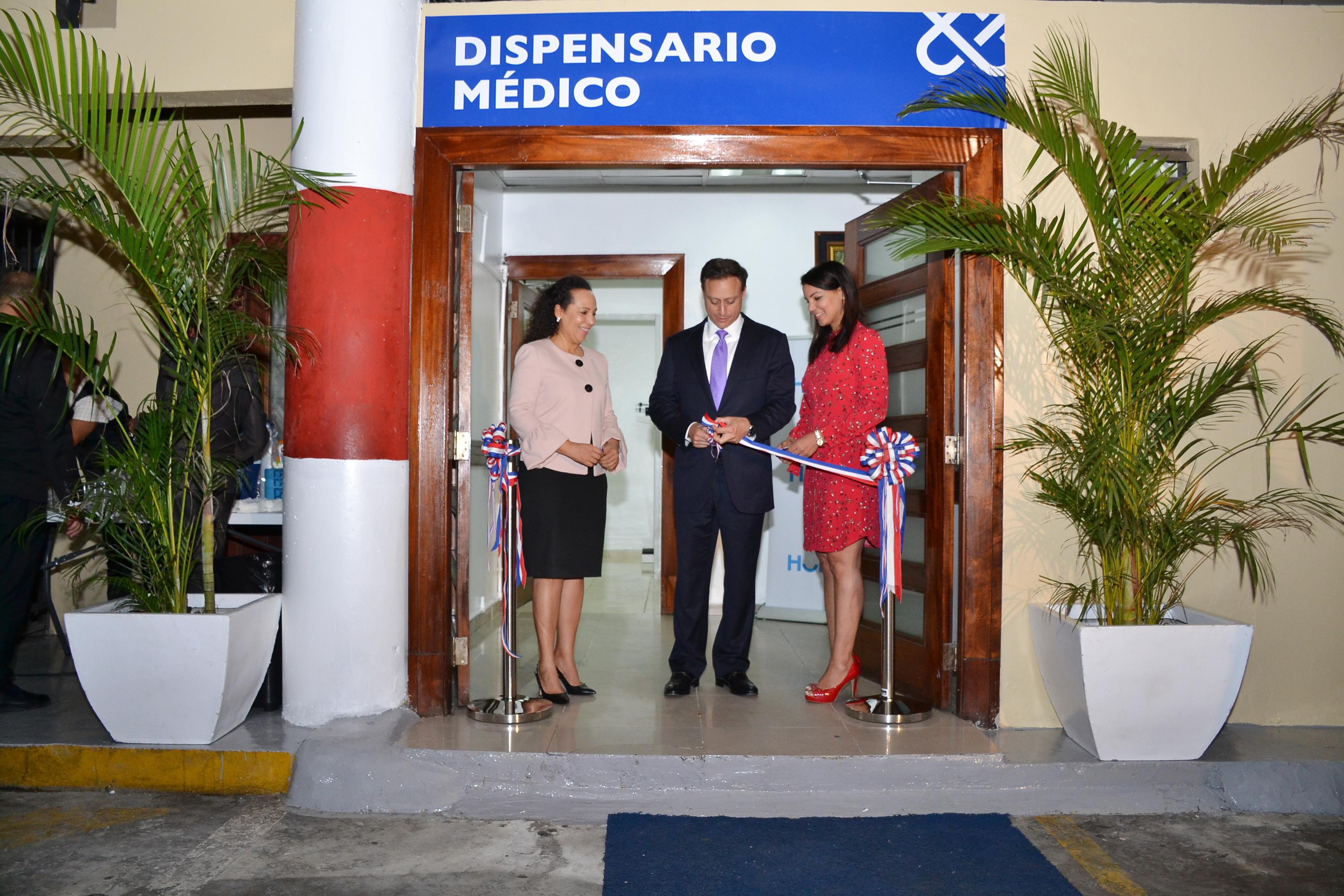 Procurador inaugura dispensario médico para empleados de la institución