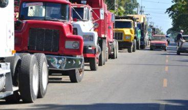 Fenatrado dice paralizará este martes transporte de carga