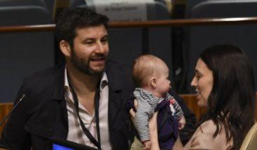 Primera ministra de Nueva Zelanda lleva a su bebé a la Asamblea de ONU