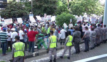 Sindicalistas advierten pedirán se revise el sueldo mínimo