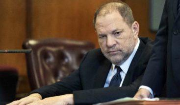 Juez de Nueva York anula uno de los cargos contra Harvey Weinstein