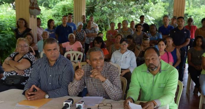 Residentes de Pantoja, denuncia que reciben agua contaminada