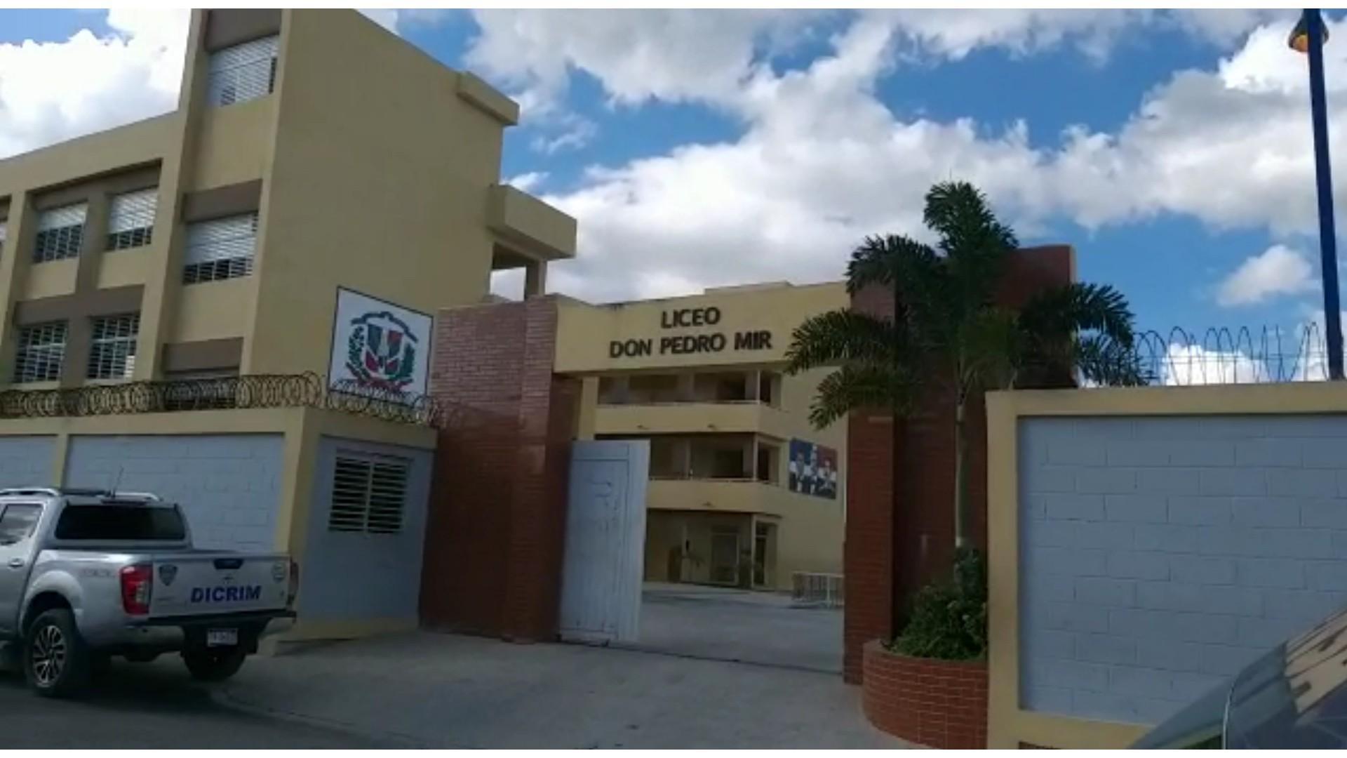 Image result for liceo Don Pedro Mir, del ensanche ozama