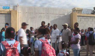 Cierran escuela por falta de personal en Azua