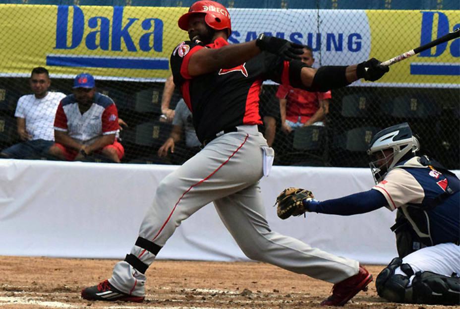 Dominicano Denis Phipps electo jugador de la semana en Venezuela