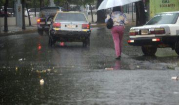 Vaguada y onda tropical seguirán provocando aguaceros