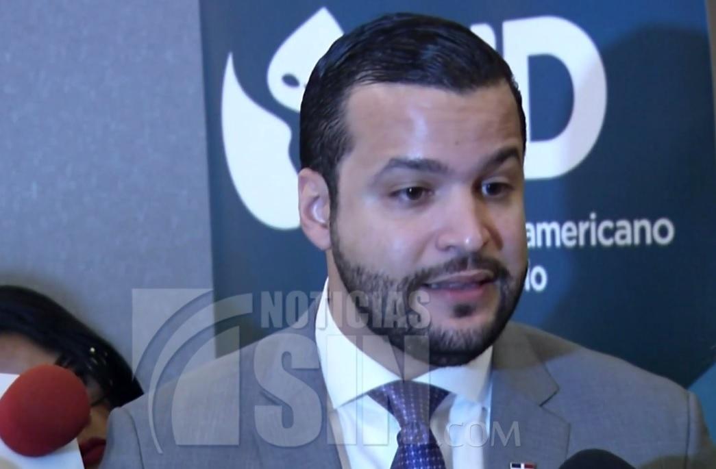 Rafael Paz, propone Fenatrano sea sustituido por un transporte confiable