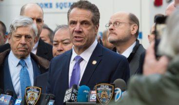 Gobernador de NY afirma también ha recibido un