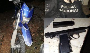 Apresan falsos agentes PN con pistola ilegal y chalecos antibalas