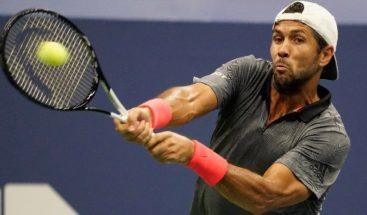 Tenista español Fernando Verdasco regaña a recogepelotas por ser lento
