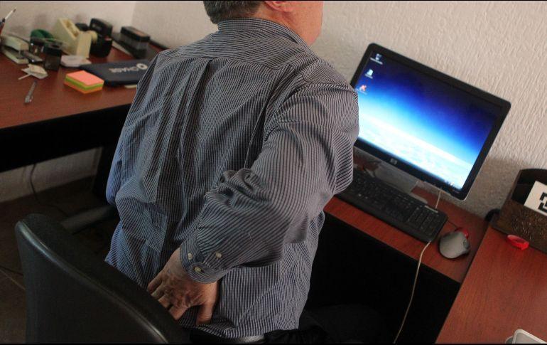 El sobrepeso, sedentarismo, estrés y ansiedad son causas de la lumbalgia