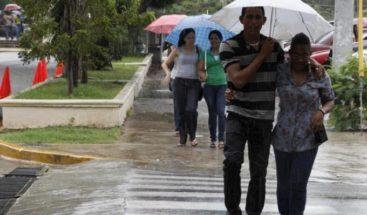 Seguirán las lluvias este lunes por vaguada y onda tropical