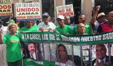 Demandan indemnización para reparar viviendas de Los Tres Brazos